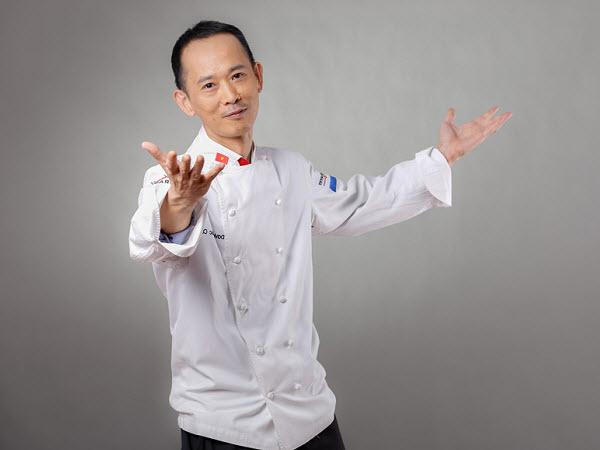 Siêu đầu bếp David Thái