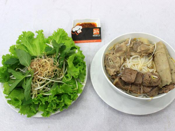 Món Bún Bò xứ Huế
