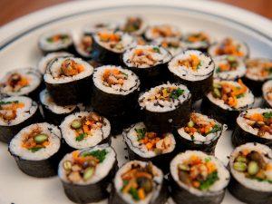 Cách làm Kimbap Hàn Quốc ngon và đẹp
